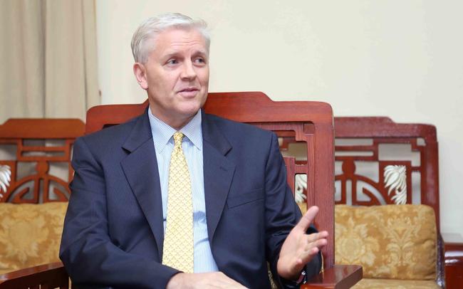 Giám đốc ADB Việt Nam nói gì về việc Ngân hàng Nhà nước và FED hạ lãi suất?