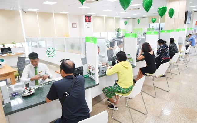 10 ngân hàng Việt Nam có tên trong 500 ngân hàng lớn mạnh nhất khu vực, Vietcombank đứng thứ 17