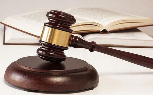Lại thêm một cá nhân và 2 doanh nghiệp bị UBCKNN phạt cuối tuần qua