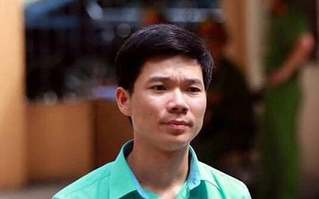 Vợ bác sỹ Hoàng Công Lương làm đơn xin cho chồng được xét xử vắng mặt
