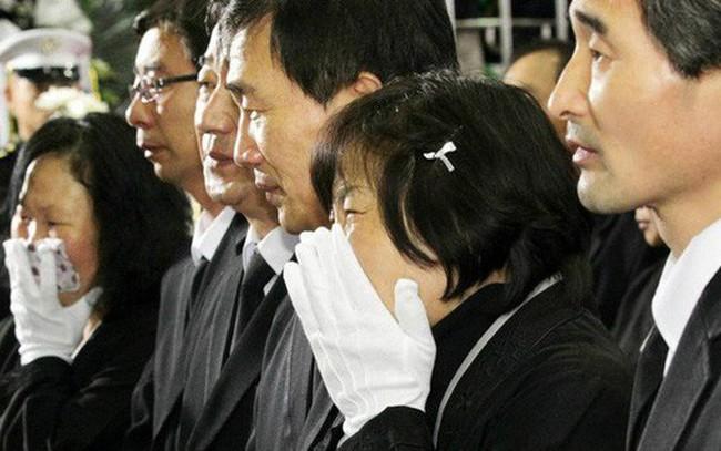 Bí mật đằng sau hiện tượng thanh niên Hàn Quốc sẵn sàng tự tử vì điểm thấp, thua kém bạn bè về công việc, nhà cửa
