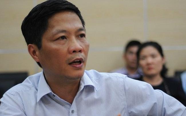 """Xe biển xanh đón vợ con Bộ trưởng Trần Tuấn Anh: Có thể do """"sơ suất"""""""