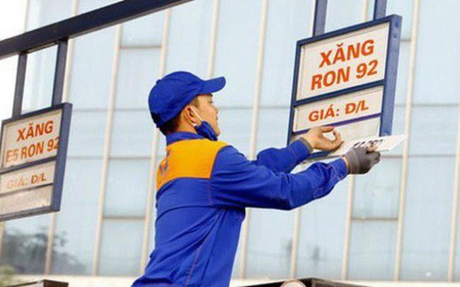 Ngày mai, giá xăng dầu sẽ tăng mạnh?