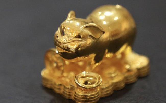 Đua nhau săn heo vàng may mắn dịp cuối năm