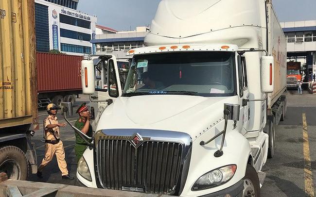 Phát hiện nhiều tài xế container ở cảng Cát Lái dương tính ma tuý