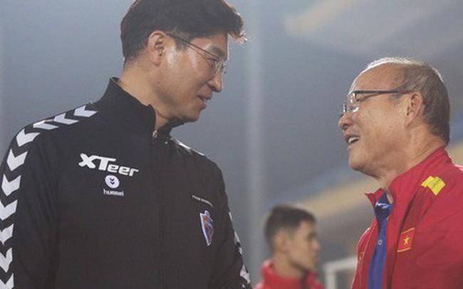 """HLV Hàn Quốc: """"U22 Việt Nam chơi theo phong cách thầy Park, khiến Ulsan gặp khó khăn ở trận giao hữu"""""""