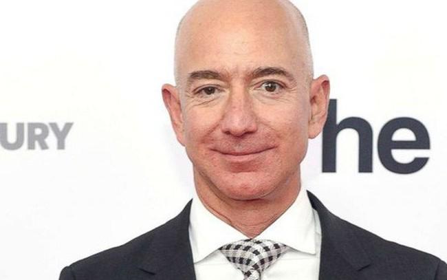 Jeff Bezos đưa ra lời khuyên quan trọng để thành công: Ngủ nhiều hơn!