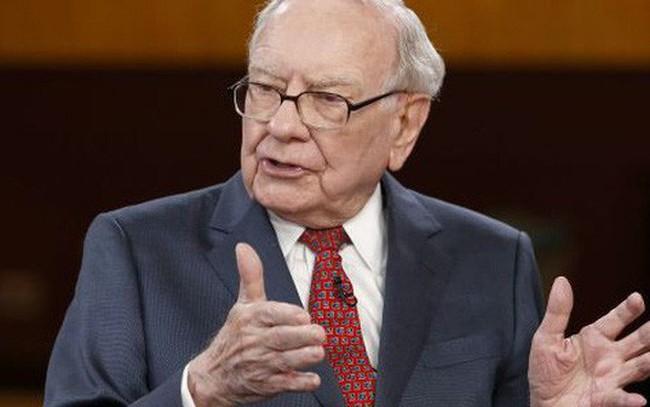 Vì sao Warren Buffett không tin dự báo của chuyên gia?