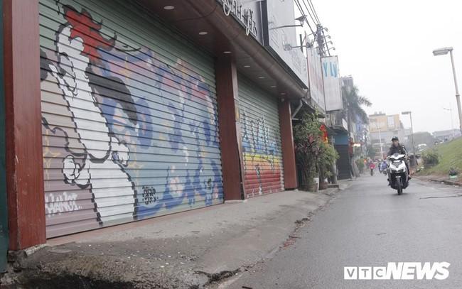 Truy tìm những kẻ vẽ bậy lên hàng loạt ngôi nhà trên phố Thủ đô