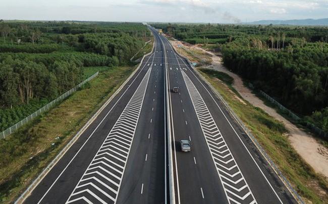 Hoàn thành phê duyệt 11/11 dự án đầu tư cao tốc Bắc – Nam