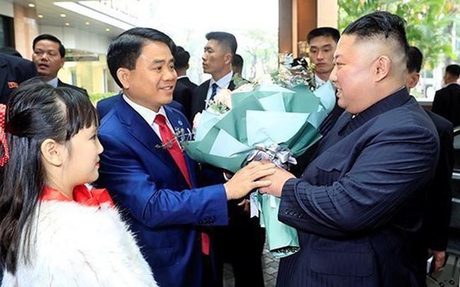 Chỉ trả lời một câu đơn giản thế này với ông Kim Jong Un, bé gái 9 tuổi khiến nhiều người tò mò muốn biết danh tính