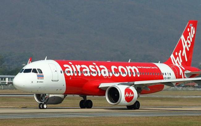 """AirAsia tố """"kỳ lân"""" Traveloka chơi xấu, tuyên bố """"cạch mặt"""" và nhắn nhủ: Không nên để sự độc quyền giết chết cạnh tranh!"""