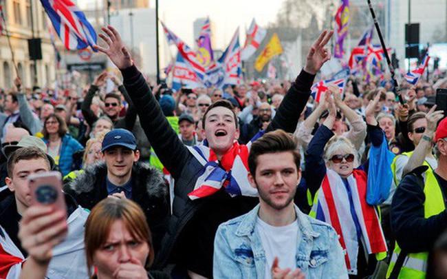 Cuộc chia tay Anh - EU thêm bế tắc