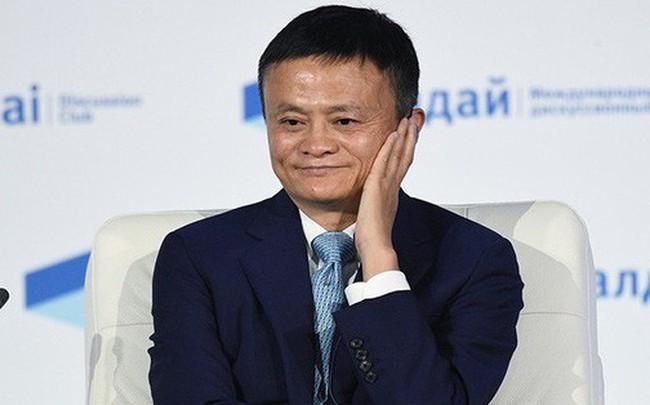 """Jack Ma gây tranh cãi khi bảo vệ văn hóa làm việc ngoài giờ, gọi đó là """"phúc lớn của người lao động"""""""