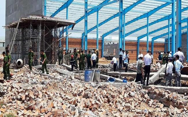 Vụ sập tường ở Vĩnh Long: Thêm 1 nạn nhân tử vong