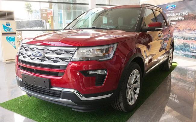 Qua cơn sốt, Ford Explorer hết 'lạc', giảm giá mạnh, Hyundai Santa Fe trước cơ hội về giá đề xuất