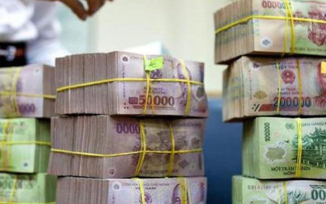 """Hơn 100.000 tỷ đồng ngân sách """"cố thủ"""" tại Vietcombank, BIDV"""