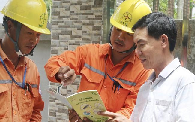 Bộ Công thương lập đoàn kiểm tra tăng giá điện: Chuyên gia nói gì?