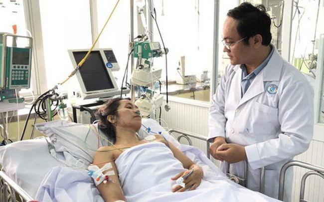 Có triệu chứng giống cảm cúm nhưng xuất hiện thêm dấu hiệu này: Đến viện gấp kẻo nguy kịch