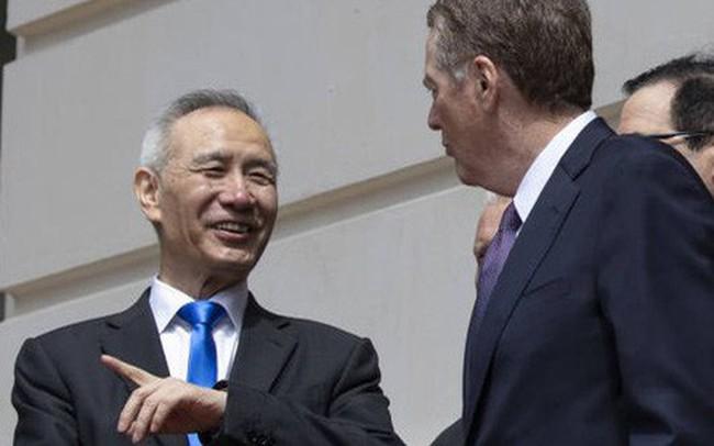 Thương chiến Mỹ-Trung leo thang: Việt Nam hưởng lợi trong lĩnh vực nào?
