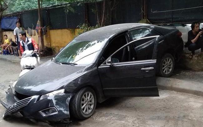 Hé lộ nguyên nhân nữ tài xế lùi xe Camry tông chết người đi xe máy