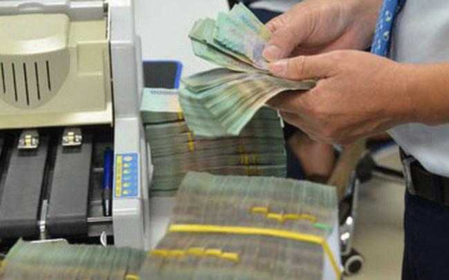 "Gửi tiền tỉ ""săn"" lãi suất cao"