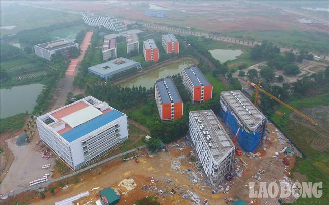 Bệnh viện 2.700 tỉ đồng bị bỏ hoang, 1.000 giường bệnh vẫn nằm trên giấy