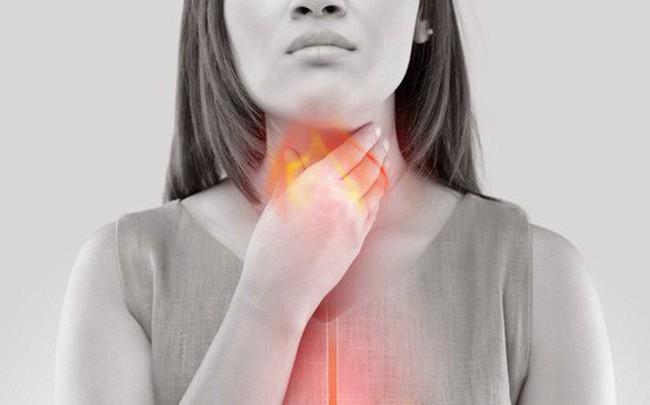 Nóng rát ở vùng xương ức: Căn bệnh nguy hiểm có thể dẫn tới ung thư