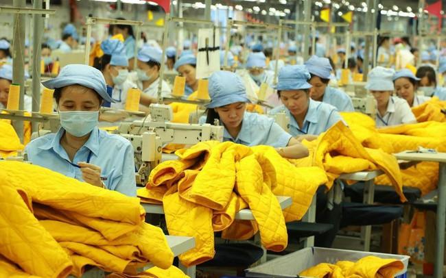 Tranh cãi về mức tăng lương tối thiểu vùng