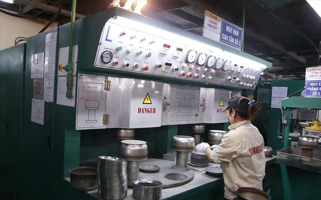 Dán logo Hàng Việt chất lượng cao lên nồi cơm điện: Sunhouse kêu do 'nhầm lẫn'?