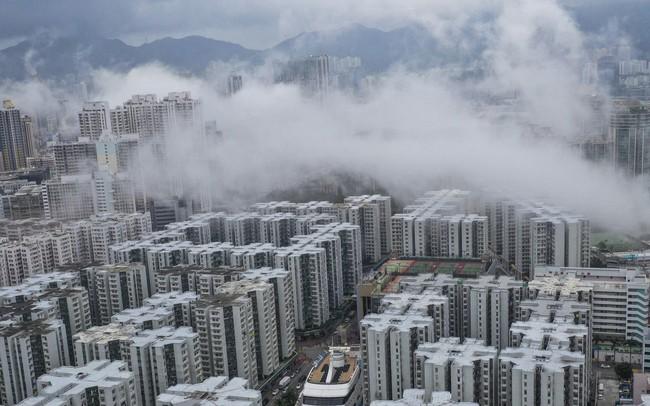 Người Hong Kong chấp nhận ở 'nhà ma' do giá bất động sản quá cao - ảnh 1