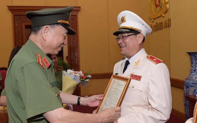 Chủ tịch nước phong tướng cho Giám đốc Công an Nghệ An Nguyễn Hữu Cầu - ảnh 1