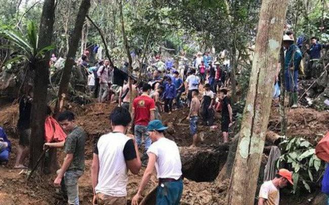 Huy động gần 150 công an, dân quân ngăn người dân đổ lên núi đào đá quý ở Yên Bái