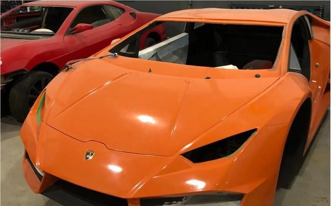 [Ảnh] Bên trong nhà máy sản xuất siêu xe Ferrari, Lamborghini nhái