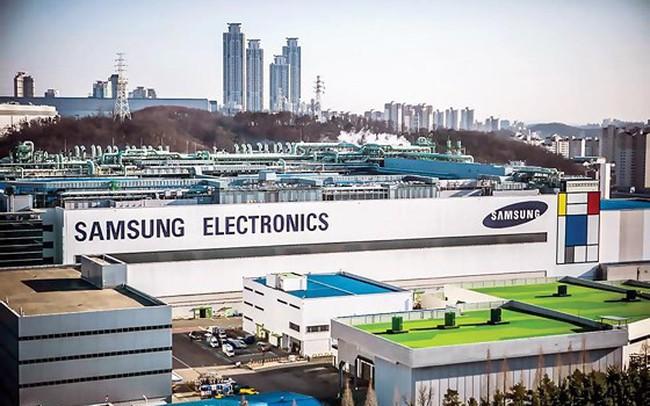 Thương chiến Nhật-Hàn bùng nổ: Samsung và LG lãnh trọn