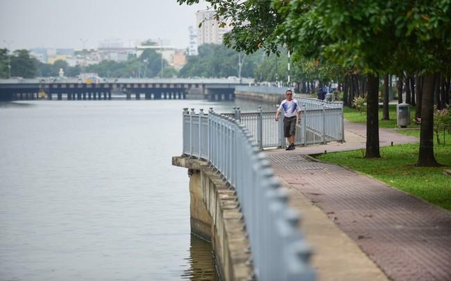 Từng đen thối như sông Tô Lịch, kênh Nhiêu Lộc 'khét tiếng' giờ ra sao?