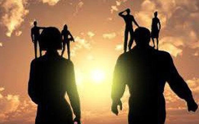 """8 bài học biến tất cả những ai không được """"đứng trên vai người khổng lồ"""" trở thành bậc thầy trong kinh doanh"""
