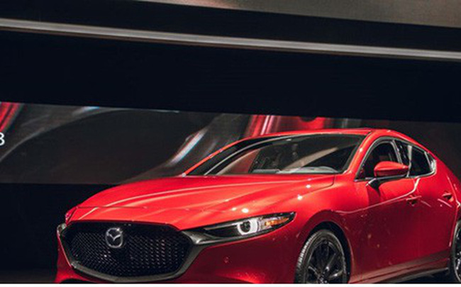 Hơn 12.000 xe Mazda3 2019 bị triệu hồi vì lỗi tựa đầu