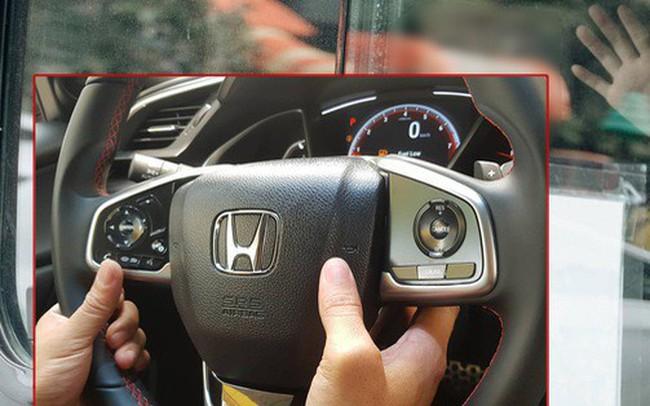 Clip thực nghiệm kỹ năng thoát hiểm khi bị mắc kẹt trong xe ô tô: Khóa cửa, tắt máy, còi xe liệu vẫn hoạt động?