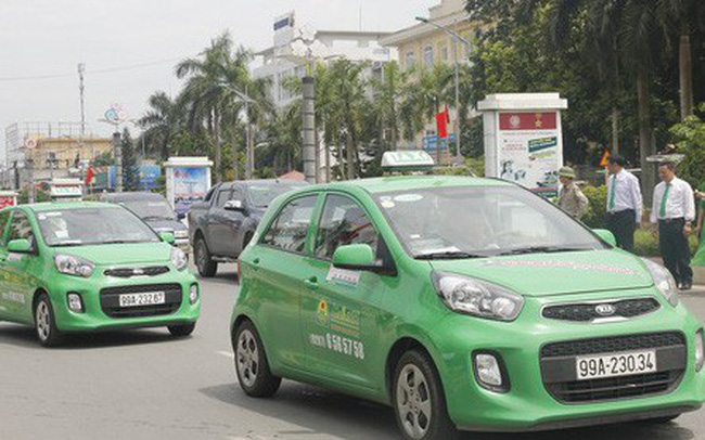 Taxi truyền thống đề nghị được chuyển thành xe hợp đồng điện tử - ảnh 1