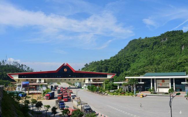 Ôtô qua cửa khẩu Trung Quốc phải gắn số điện tử, về Việt Nam không được tháo
