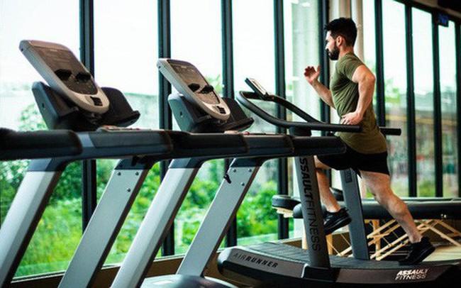 Thanh niên 20 tuổi đột quỵ khi tập gym và những lưu ý cho mọi người khi tập thể dục