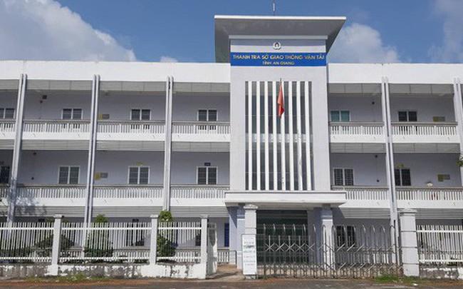 Kỷ luật Phó Chánh Thanh tra Sở GTVT vì xin bỏ qua xe vi phạm