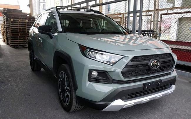 Thích xe Toyota nhập Mỹ, đại gia Việt vẫn chịu giá đắt gấp đôi đối thủ, vung tiền tỷ sở hữu hàng độc - ảnh 1