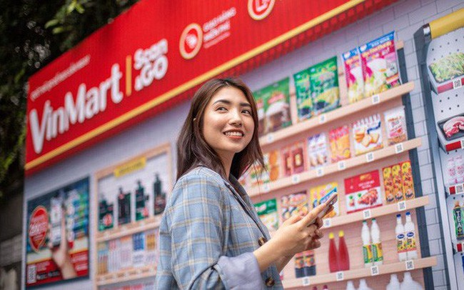 """Trước khi được rót 500 triệu USD từ Singapore, mảng bán lẻ của Vingroup đã """"lớn"""" nhanh như thế nào?"""
