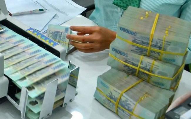 """Các ngân hàng yếu kém liệu có """"cán đích"""" Basel II?"""