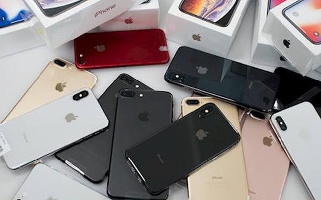 Nhộn nhịp mua bán iPhone cũ khi iPhone 11 đổ về