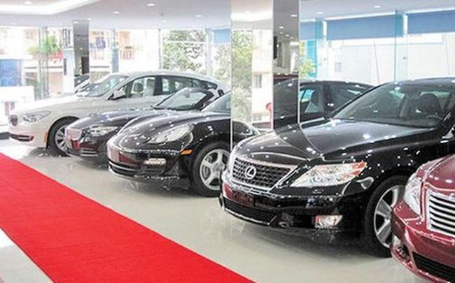Nhập khẩu ô tô tăng gần gấp 4 lần, hàng loạt hãng xe ưu đãi khủng, giảm giá - ảnh 1