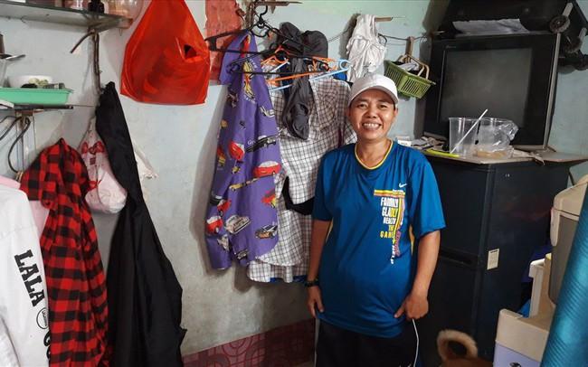 """Những chuyện bi hài khi sống trong căn nhà """"siêu nhỏ"""" giữa Sài Gòn"""