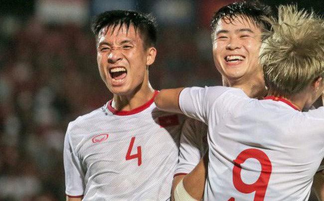 Chính thức: Chiến dịch tháng 10 thành công mỹ mãn đưa Việt Nam thăng tiến trên bảng xếp hạng FIFA và lọt vào top 15 châu Á